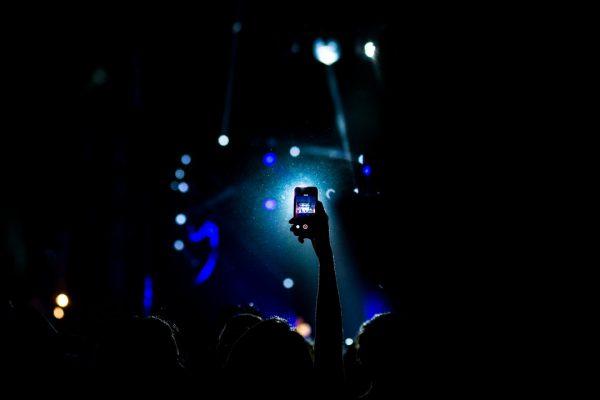 phone concert